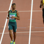 Wayde Effortlessly Wins 400m Gold at World Champs